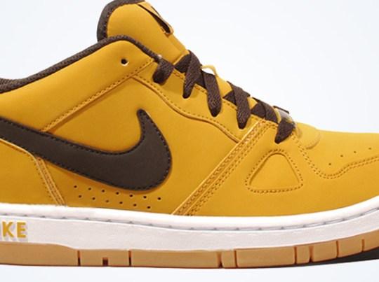 Nike Air Prize 2 – Dark Gold Leaf – Velvet Brown