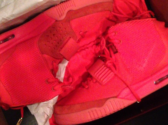 Yeezy Shoes Red October