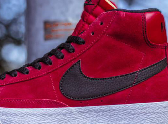 Nike Blazer Red And Black