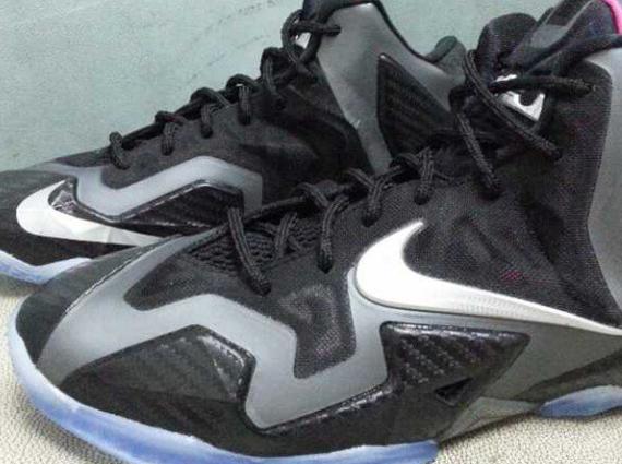 Nike LeBron 11 Carbon