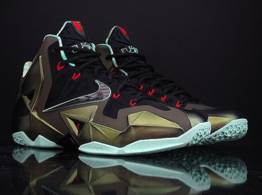 """Nike LeBron 11 """"King's Pride"""" – Available Early on eBay"""