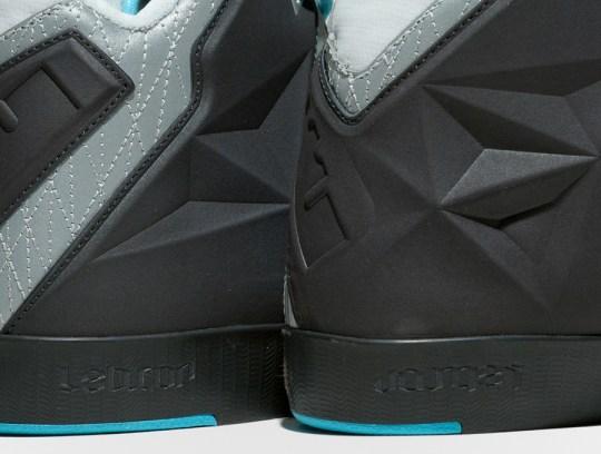 """Nike LeBron 11 NSW Lifestyle """"King of the Street"""""""