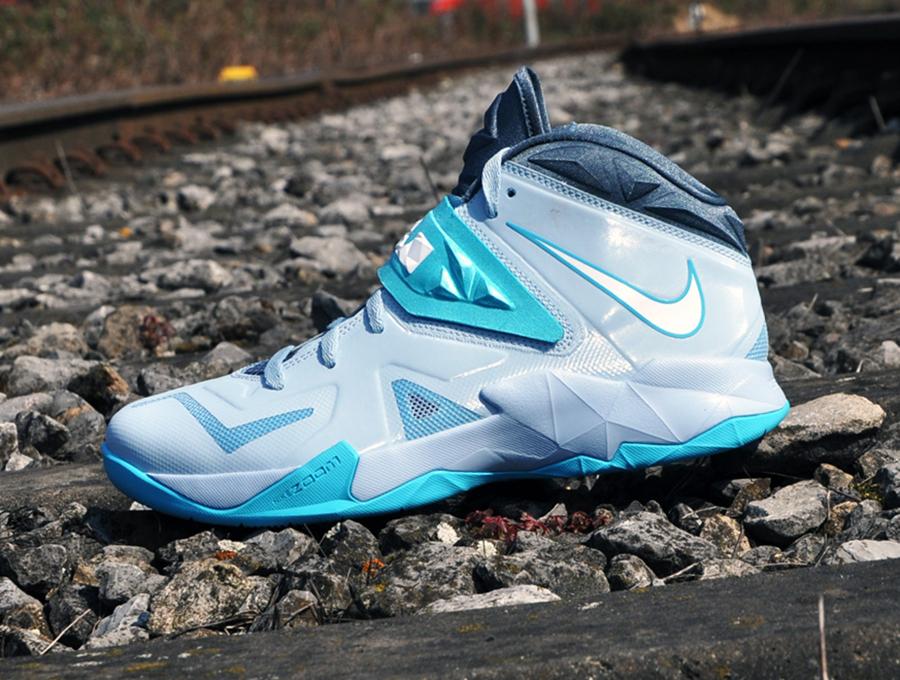 5dc16811379 Nike Zoom Soldier VII - Light Armory Blue - White - Gamma Blue - Armory  Slate - SneakerNews.com