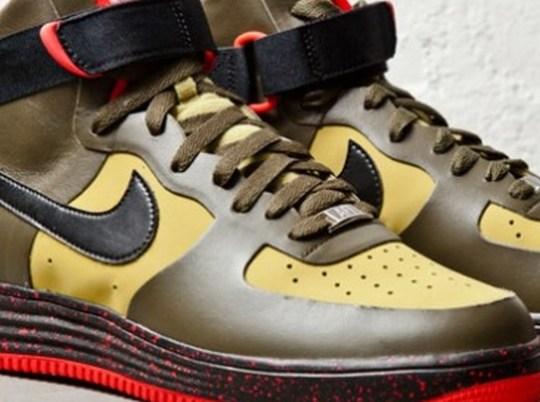 "Nike Lunar Force 1 High No-Sew ""Parachute Gold"""