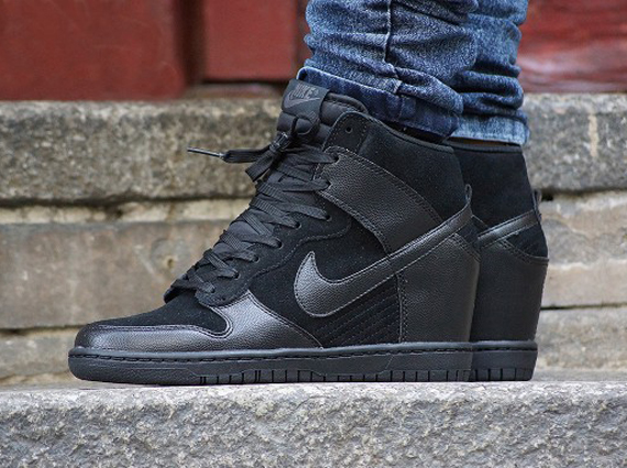 At this point the Nike WMNS Dunk Sky Hi has become one of those standby  pairs thats somewhere in the rotation for most female sneaker enthusiasts.