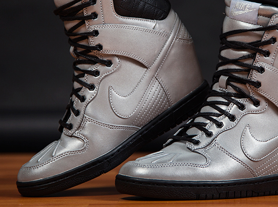 "cheaper 88455 33003 Nike WMNS Dunk Sky Hi SneakerBoot PRM ""Reflective Silver"""