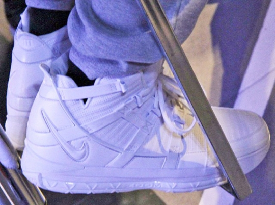 """Nike Zoom LeBron 3 """"White Collection"""""""