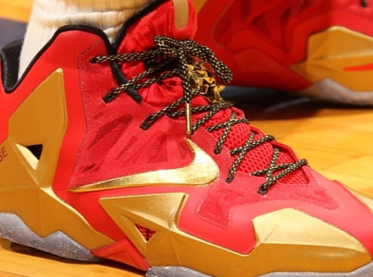 """""""Ring Ceremony"""" Nike LeBron 11 PE"""