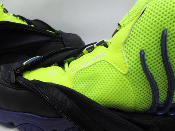 brand new 47130 98777 Which will be the next Nike Air Zoom Flight The Glove release after this  weekend s  Oregon State  pair  We re still waiting on release info for the   Miami ...