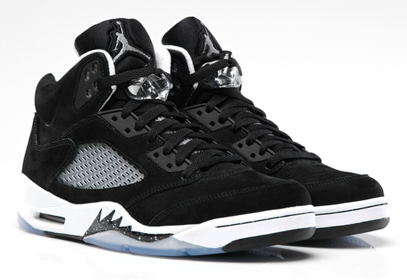 "the latest e855a 916b8 Air Jordan 5 ""Oreo"" – Official Images. November 25, 2013 ..."