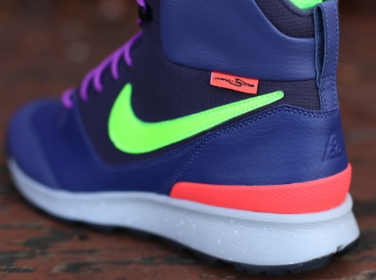 Nike ACG Stasis – Blue Recall – Flash Lime – Laser Purple
