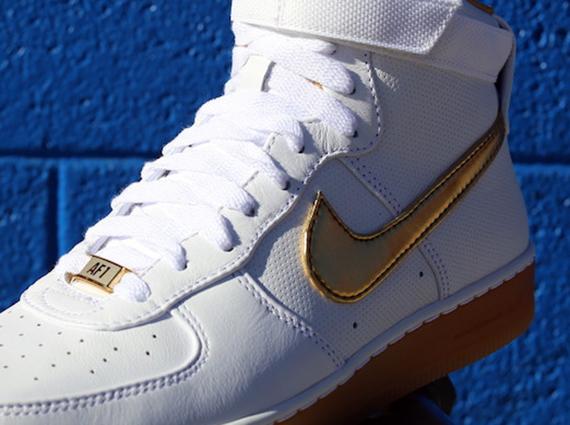 the latest 66331 0bc87 Nike Air Force 1 Downtown High Premium – White – Metallic Gold