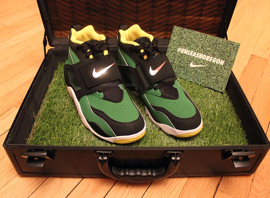 outlet store ac41b ea514 Nike Air Diamond Turf