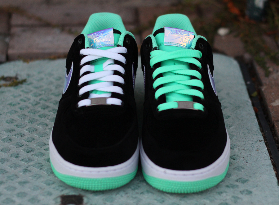 separation shoes bddec 67c6c Nike Air Force 1 Low - Black - Shiny Silver - Green Glow - SneakerNews.com