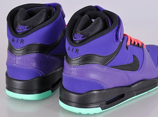 Nike Air Revolution – Electric Purple – Black – Green Glow – Atomic Red