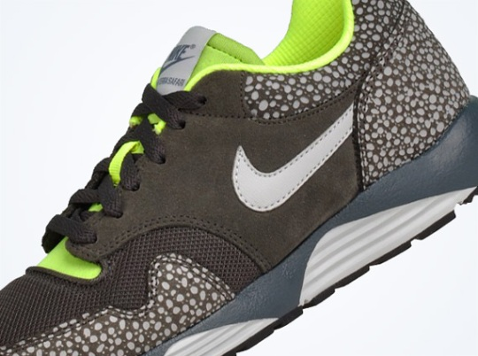 Nike Lunar Terra Safari – Newsprint – Dusty Grey – Volt | Available
