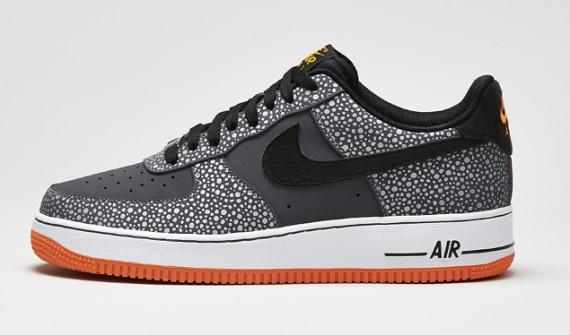 7533c8fcbb88 Nike Air Force 1 Low Color  Dark Grey Black-Total Orange Style Code   488298-079. Release Date  11 27 13. Price   100