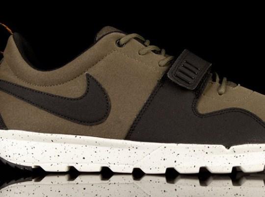 Nike Trainerendor – Olive – Black – Orange