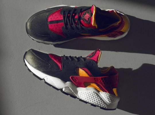 Nike Air Huarache LE – Black – Laser Orange – Fuchsia