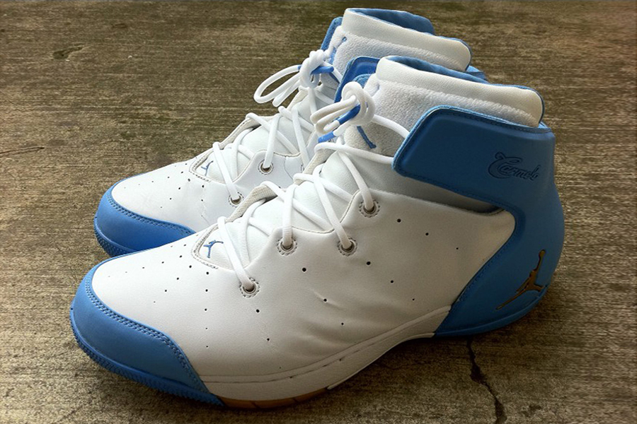 carmelo first shoe