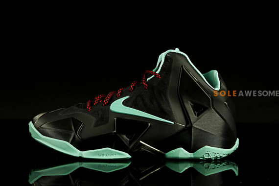 ead6d88b4545 Check out the photos below and stay tuned to Sneaker News for a release  date on this new LeBron 11 development.