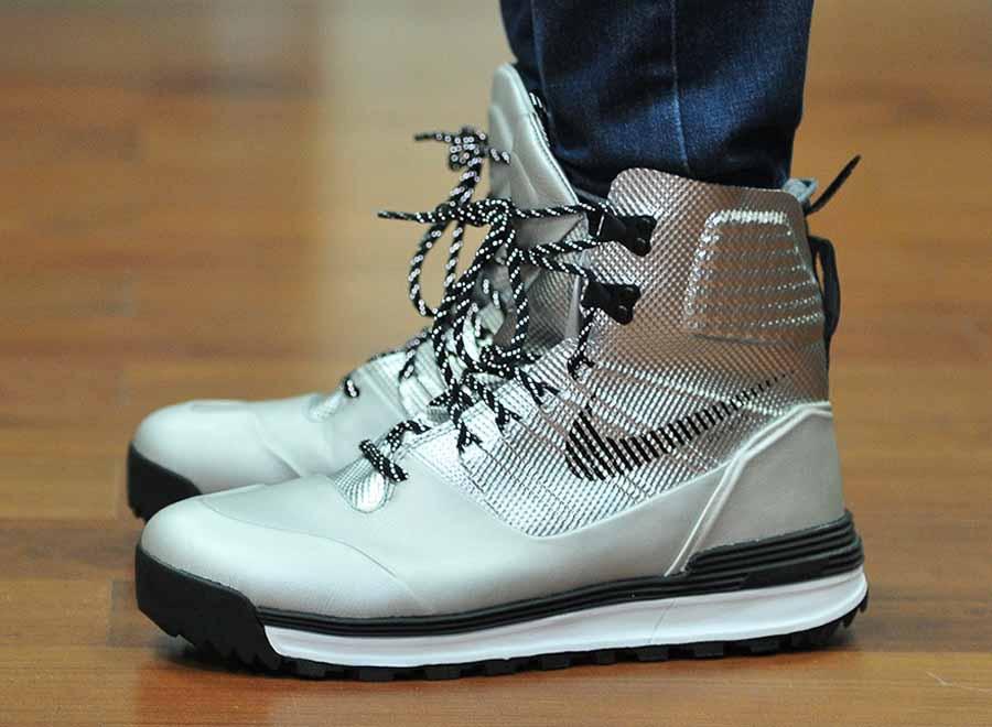 online store 0efbc ca109 ... Boots Nike LunarTerra Arktos – Silver – Black ...