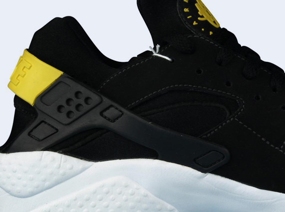 nike huarache black and yellow