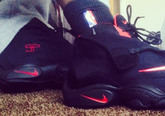 Nike Air Zoom Flight The Glove – Black/Red PE