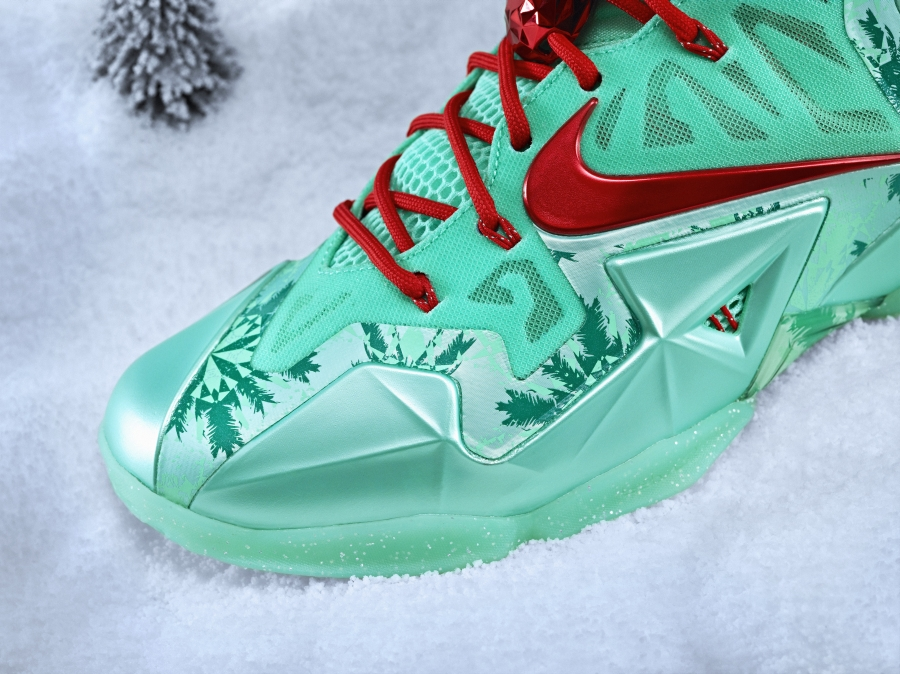 low priced 9f797 26a5c ... where to buy nike basketball 2013 christmas pack sneakernews 30995 19c85