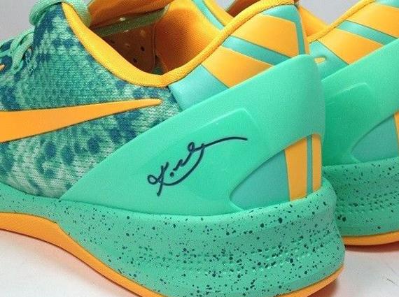 b1e709226978 Nike Kobe 8