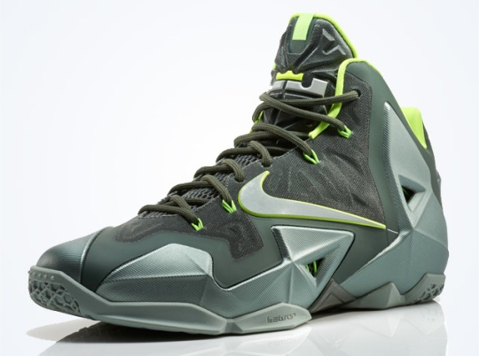 "Nike LeBron 11 ""Dunkman"" – Nikestore Release Info"