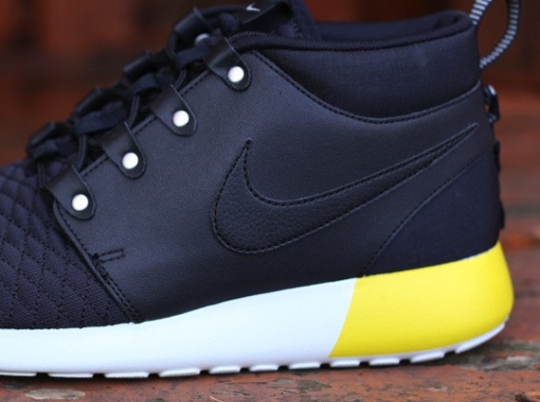 Nike Roshe Run SneakerBoot Leather – Black – Base Grey – Yellow