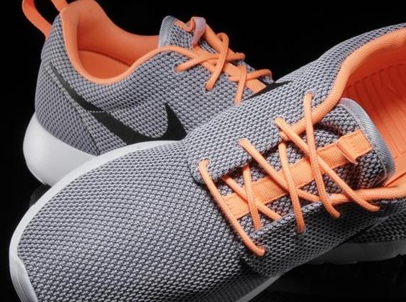 roshe run grey and orange