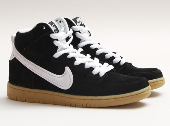... Nike SB Dunk High - Black - White - Gum Light Brown .