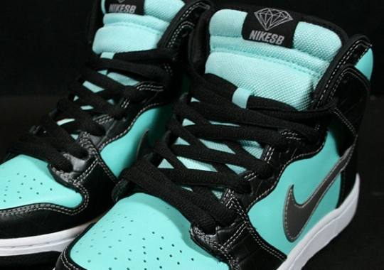 Diamond Supply Co. x Nike SB Dunk High – Available on eBay