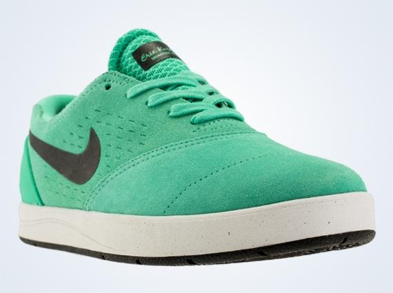 super popular 486e7 44282 Nike SB Eric Koston 2 - Crystal Mint - Black - SneakerNews.com