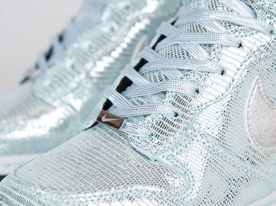 Nike WMNS Dunk Sky Hi – Metallic Silver – Glacier Blue