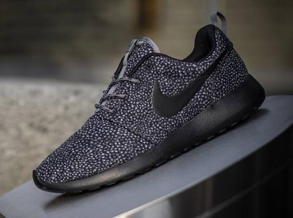 Nike Roshe Run Dames Black