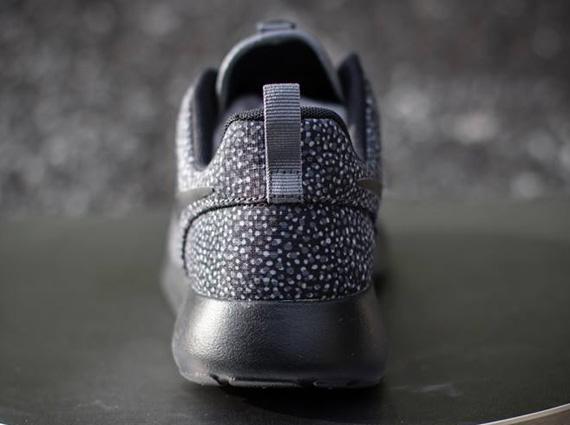 Nike Roshe Une - Femmes Refroidir Gris / Loup Gris / Volt / Roshe Noir iHzxrFS4U7