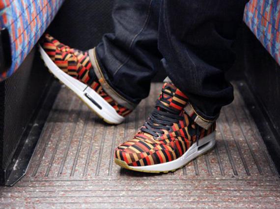 London Underground x Nike Air Max