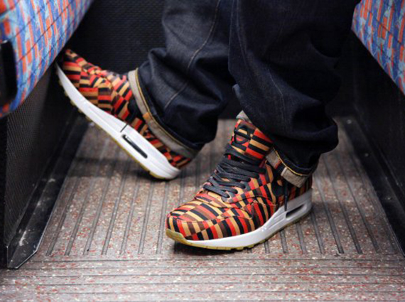 """best service 4e366 66524 London Underground x Nike Air Max """"Roundel"""" Collection - On-Foot Images -  SneakerNews.com"""