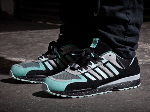 timeless design e6302 5c121 Advertisement. The Sneaker Freaker x adidas Originals Torsion Integral S ...