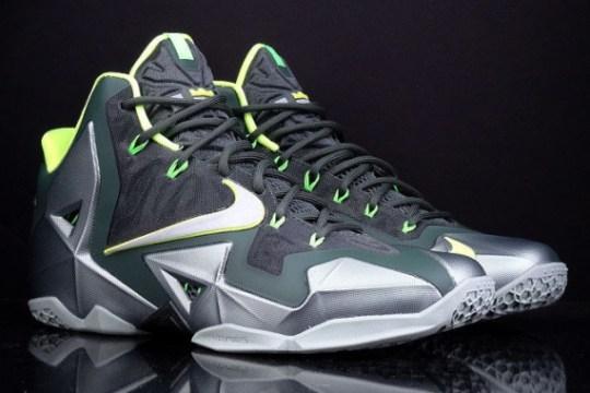 "Nike LeBron 11 ""Dunkman"" – Release Reminder"