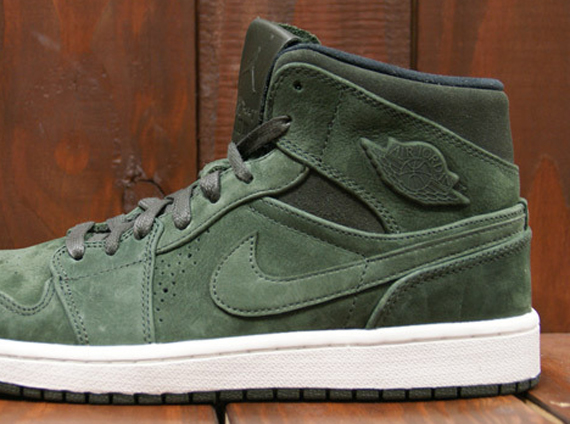 Air Jordan 1 Mid Nouveau - Sequoia - Black - Sail - SneakerNews.com c54d7e2559ff