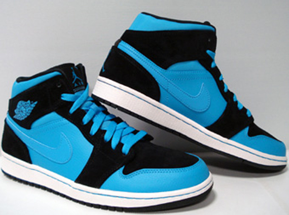 424b65809cc82 Air Jordan 1 Mid