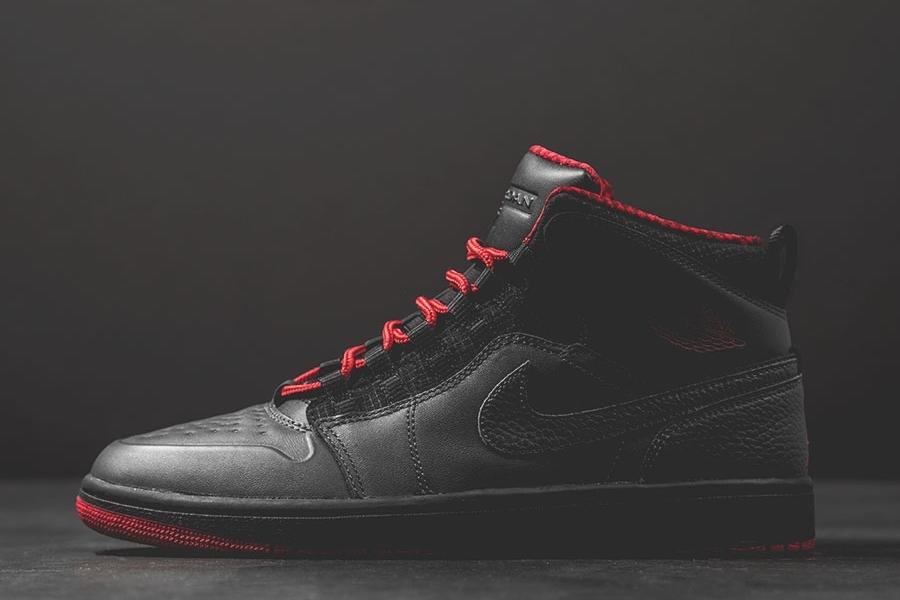 Air Jordan 1 Retro '94 Antracita / Gimnasio De Color Rojo-negro-rojo Del Equipo CXWfg