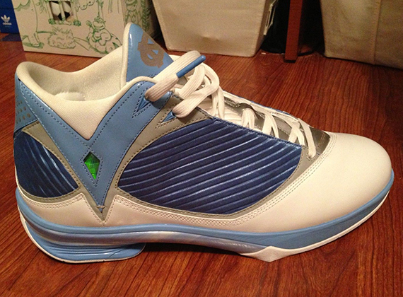 Air Jordan 2009 - Ty Lawson UNC PE - SneakerNews.com 610c8fc72