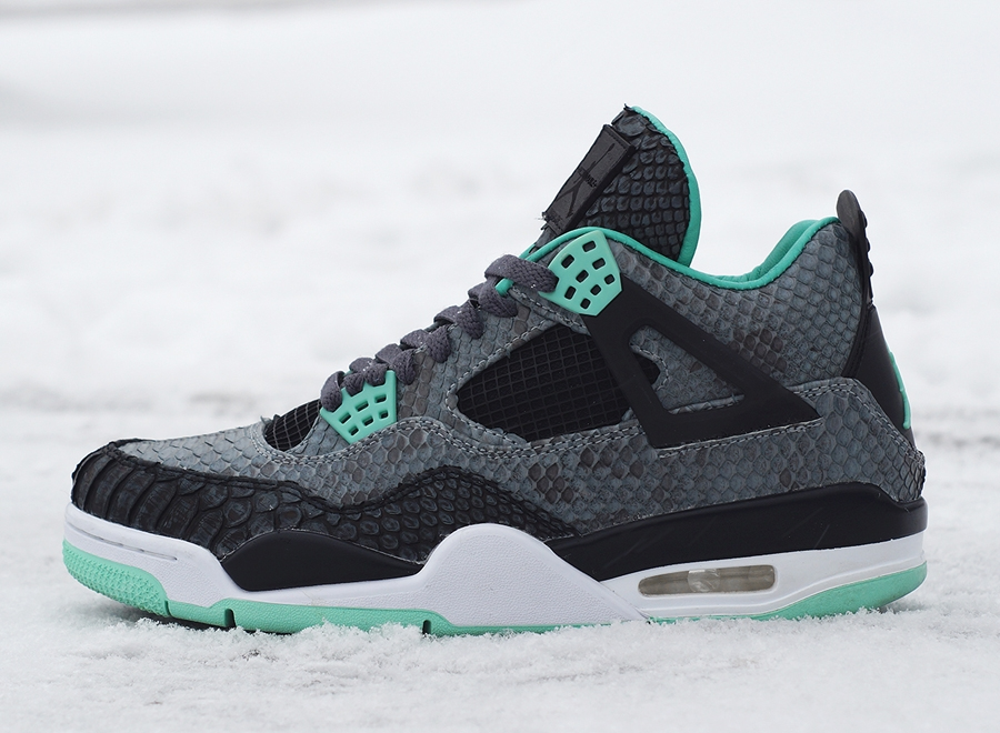 Nike Air Jordan IV Retro 'Green Glow' Dark Grey & Green ... |Nike Jordan Glow