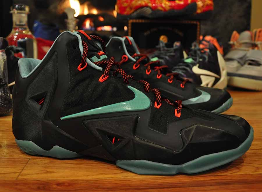 Lebrons 11 Blue And Red Nike LeBron 11 - Black - Red
