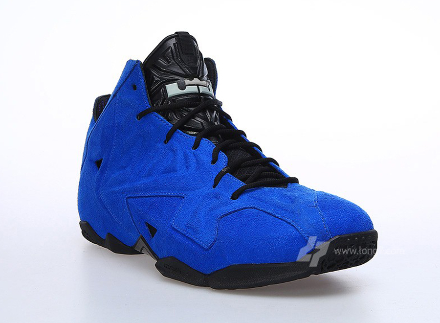 \u201cBlue Suede\u201d Nike LeBron 11 EXT
